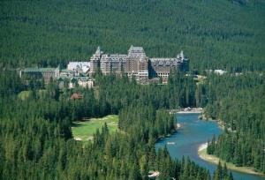 the-fairmont-banff-springs