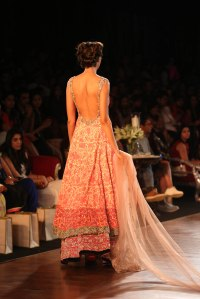Backless kurta  by Manish Malhotra