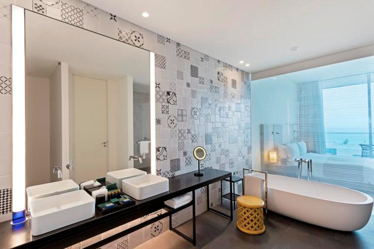 Premier Room Bathroom - The Oberoi Beach Resort, Al Zorah