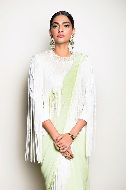 Sonam-Kapoor-17